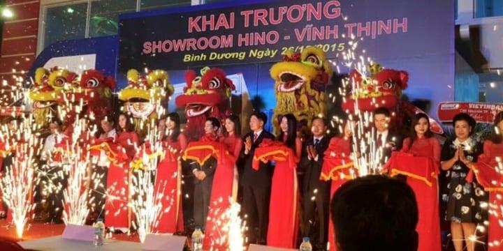 Công ty tổ chức lễ khai trương tại Bình Dương | Lễ khai trương Showroom Hino 3S Vĩnh Thịnh